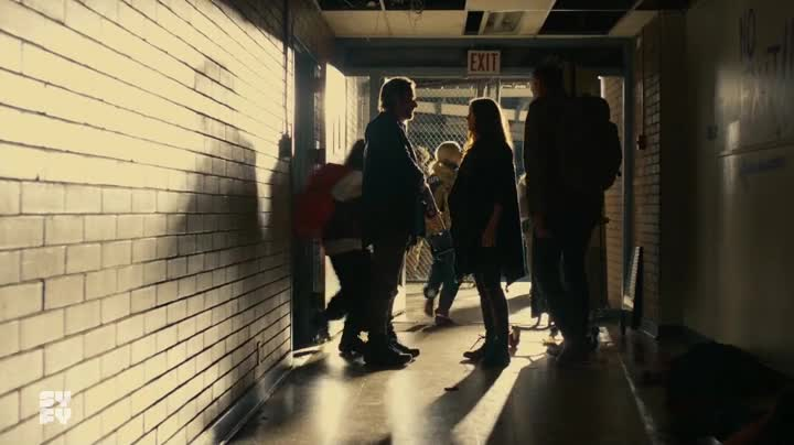 "Van Helsing S02E05: ""Save Yourself"""