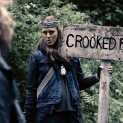 Van Helsing S02E12 crooked falls