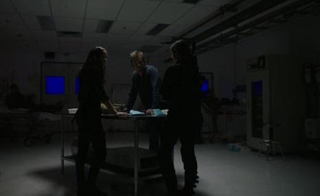 Van Helsing S03E01