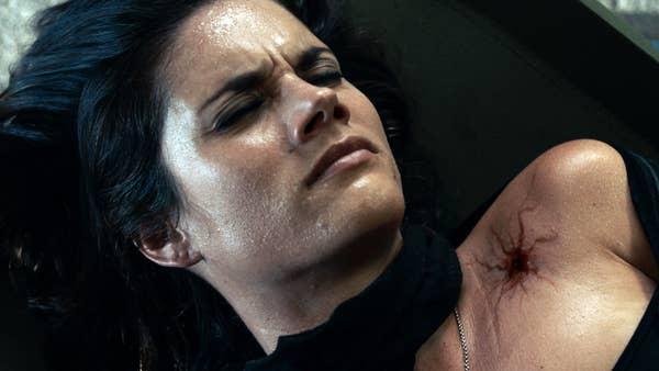 Van Helsing S03E05 scarlett poisoned